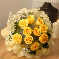 Hand Bouquet of 12 Stalks of Yellow Roses