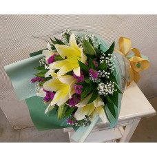 Hand Bouquet of 5 Stalks of Valentine Day Yellow Lillies